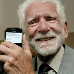 Первый звонок с мобильного телефона был совершён 41 год назад