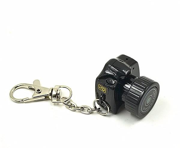 mini-kamera-brelok