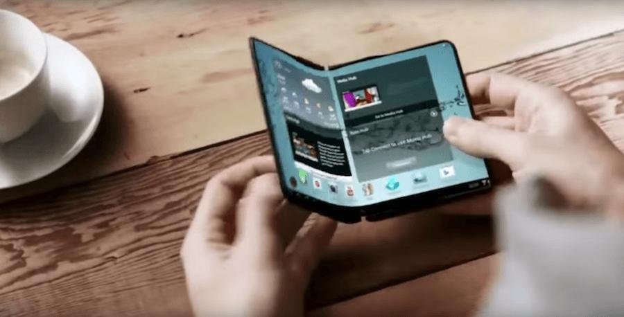 Samsung прадставит эластичный смартфон на выставке MWC 2017