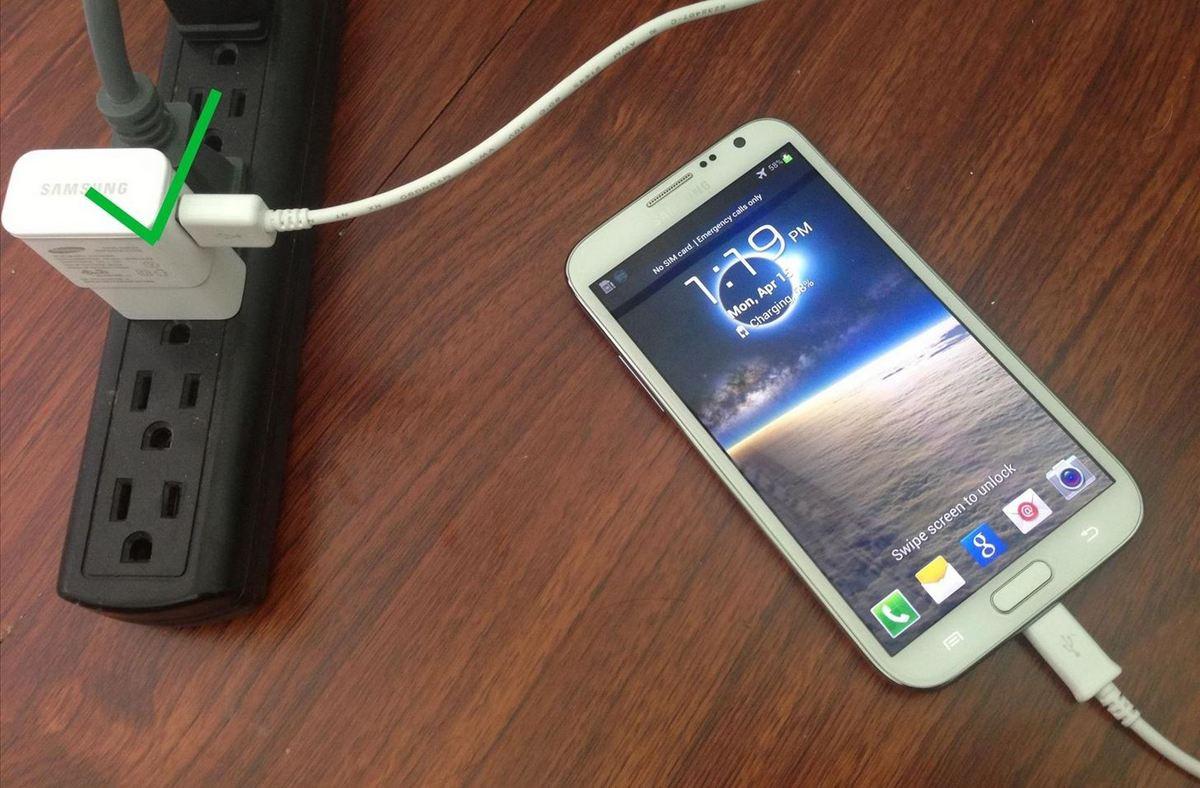 Как правильно заряжать смартфон - 4 совета продлить срок службы аккумулятора