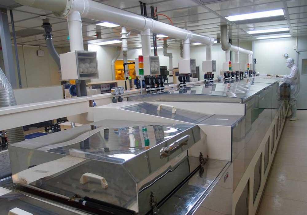 Фабрика по производству дисплеев