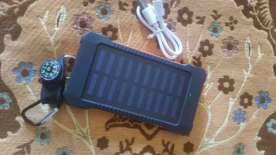 Мощный повербанк на солнечной батарее