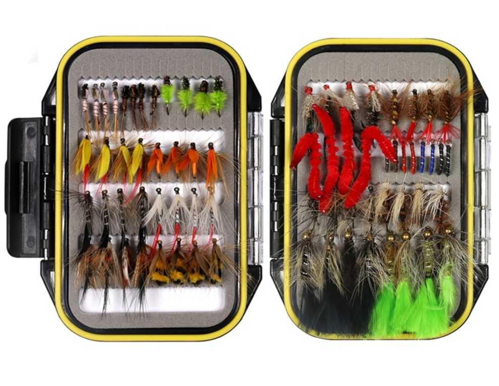 Большой набор приманок для рыбалки
