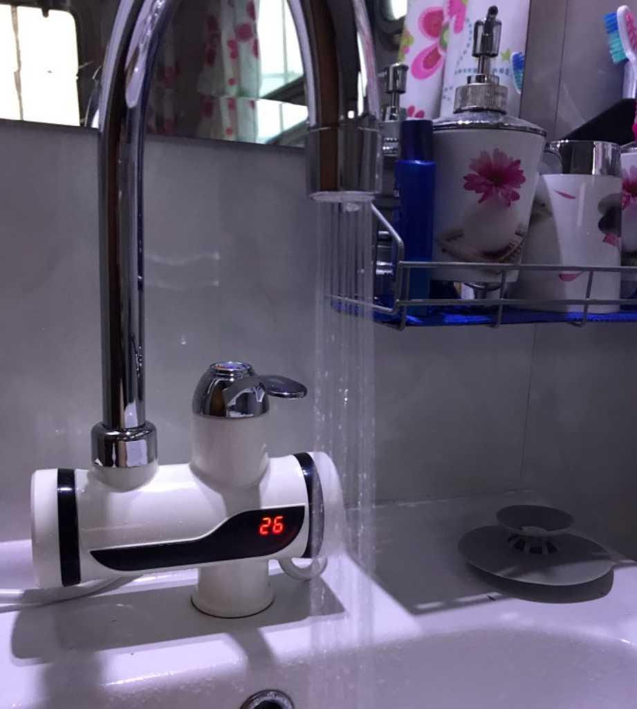 Смеситель с подогревом воды для дома и дачи