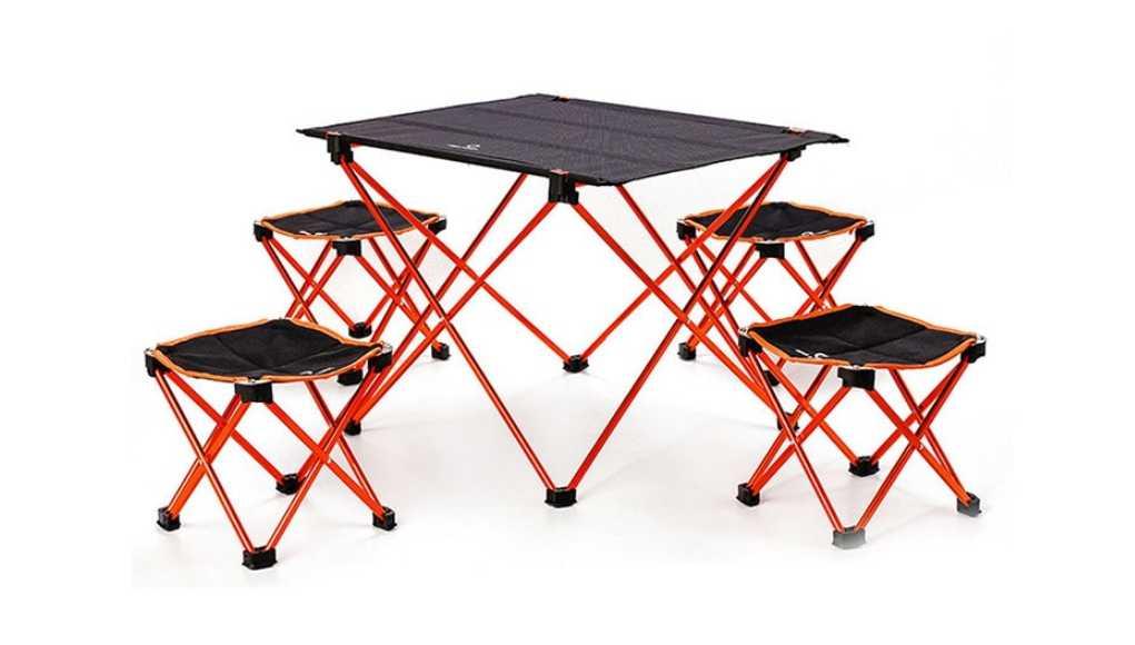 Походный столик со стульями