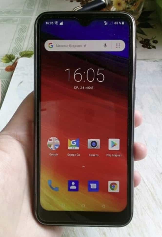 Бюджетный смартфон Blackview A60