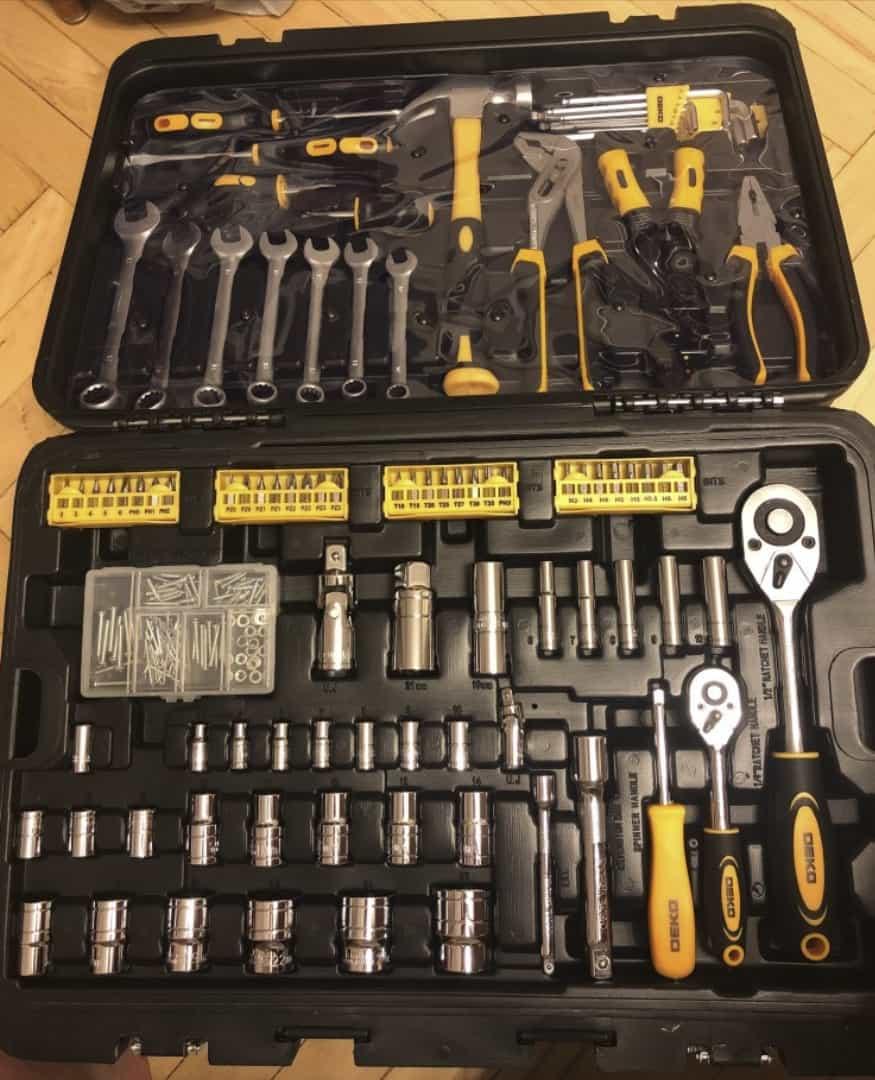 Набор необходимых инструментов DEKO