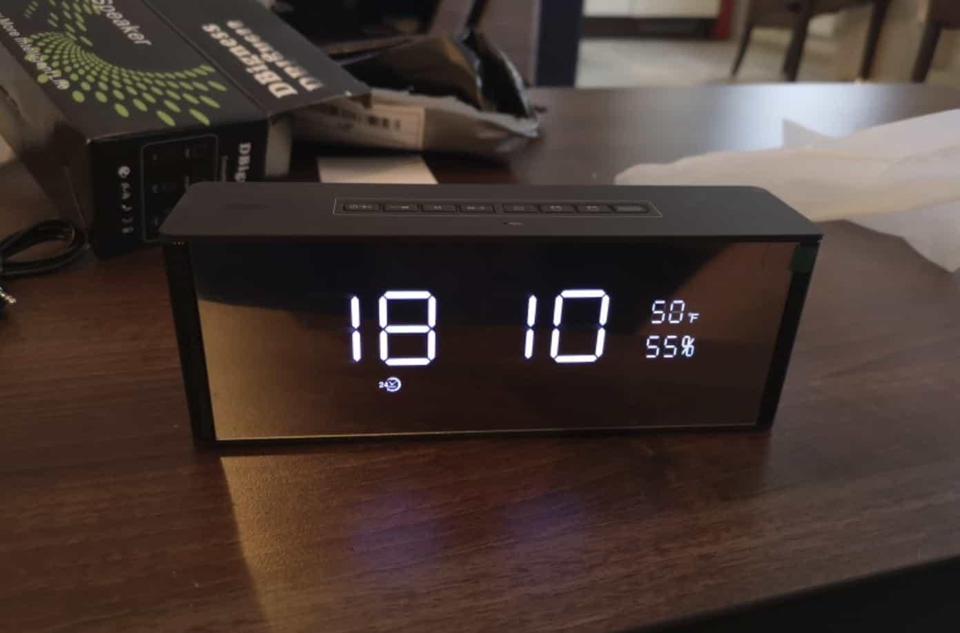 Недорогой будильник - Bluetooth-колонка