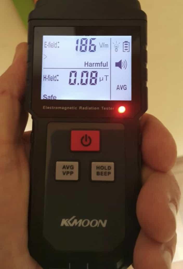 Портативный детектор электромагнитных излучений KKmoon