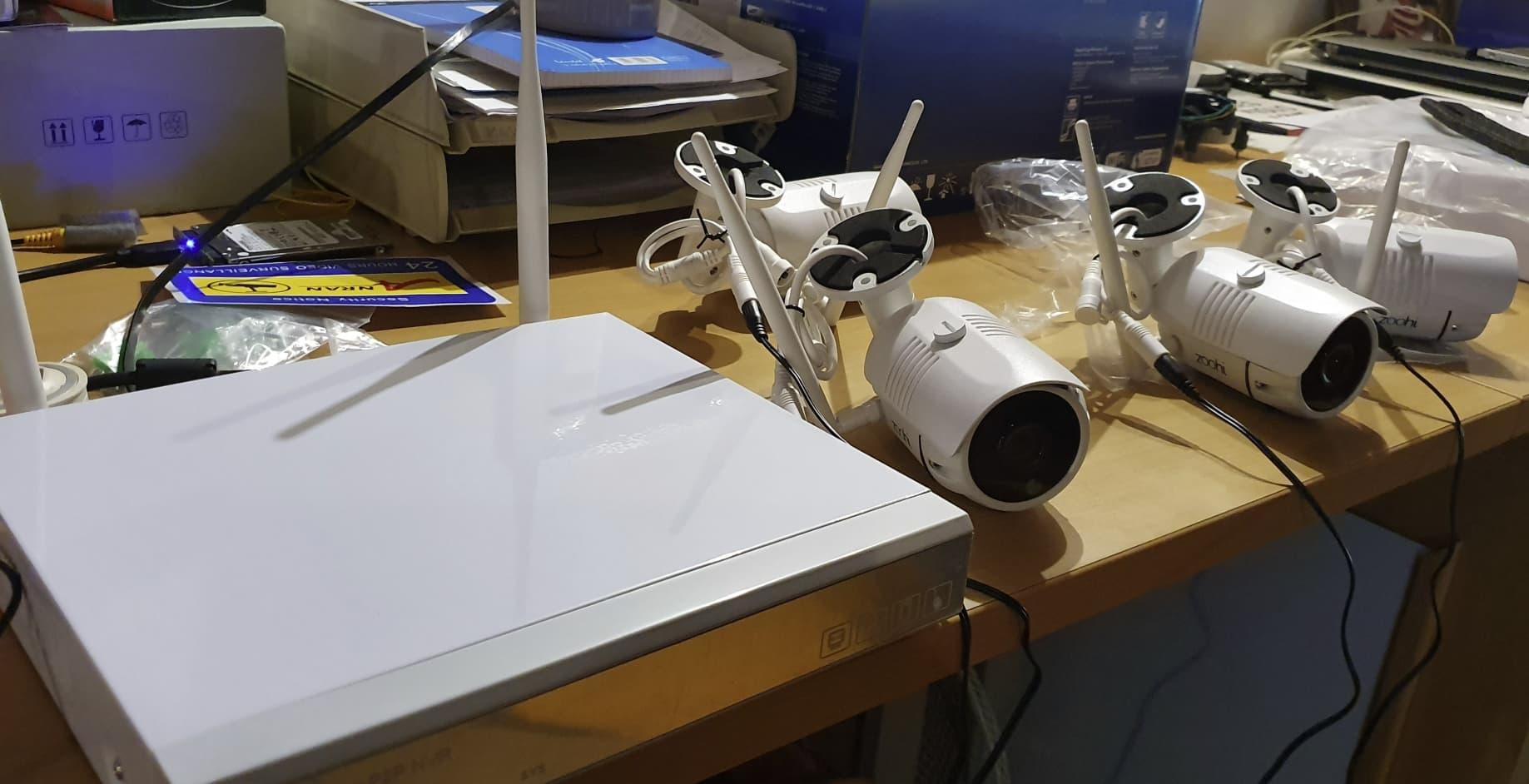 Недорогой комплект видеонаблюдения Zoohi