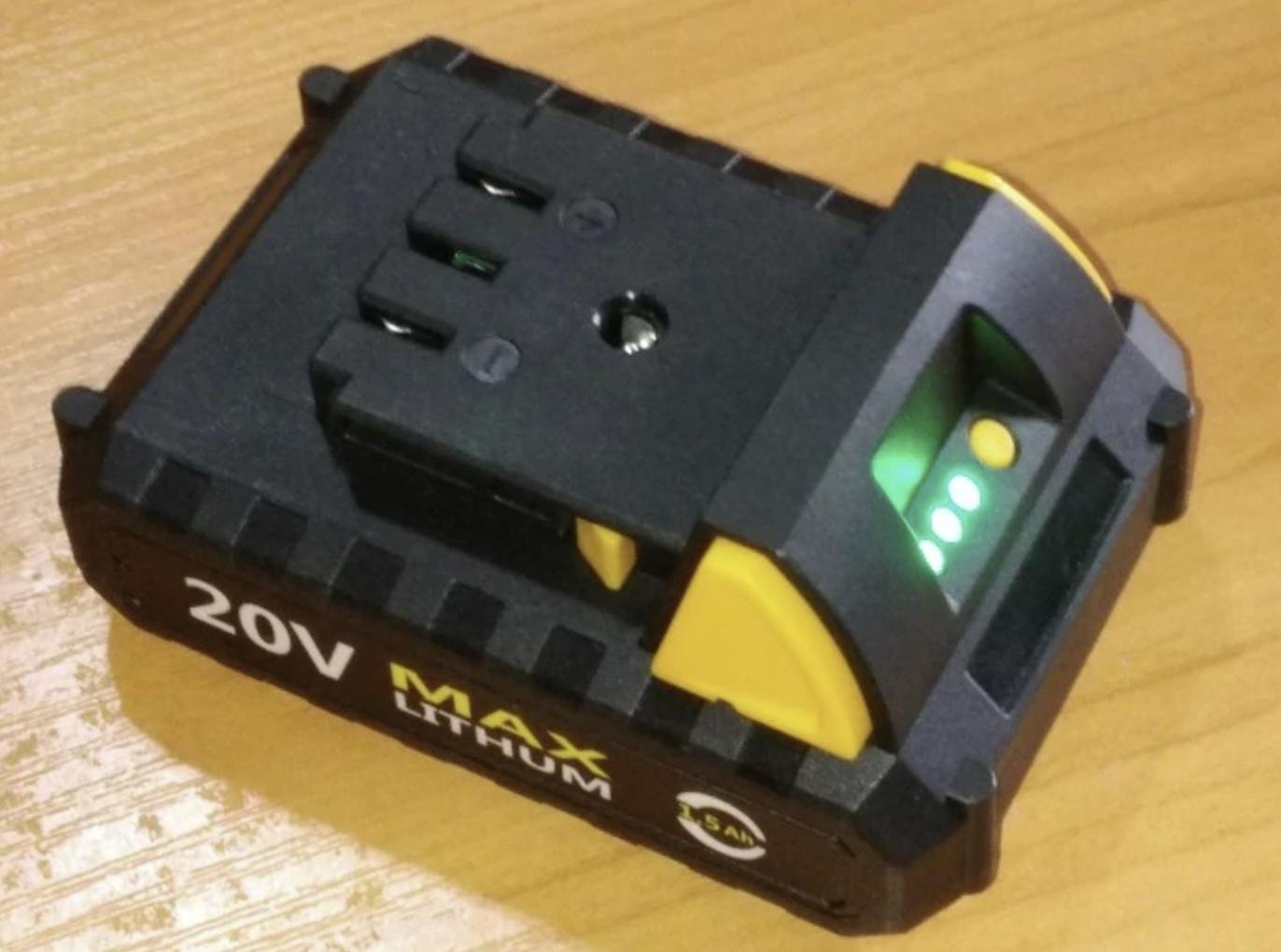 Аккумуляторный краскопульт Deko DKSG20K2