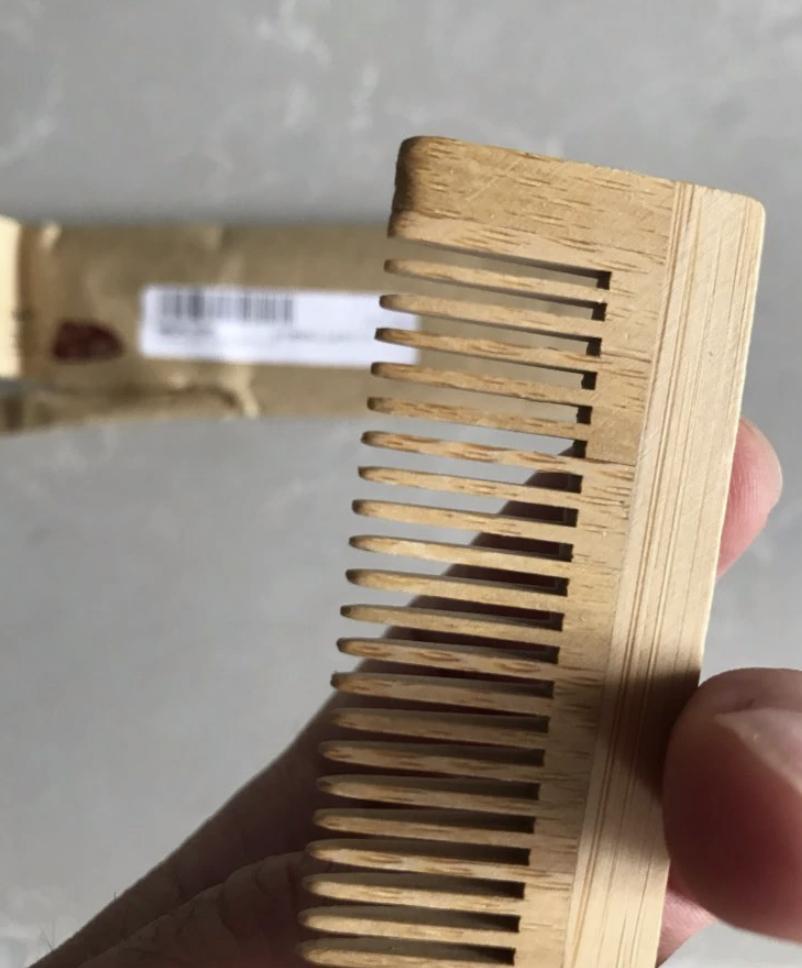 Бамбуковая расческа