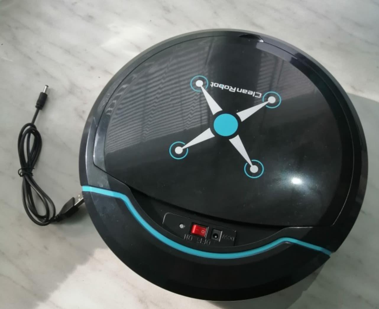 Бюджетный мини робот-пылесос
