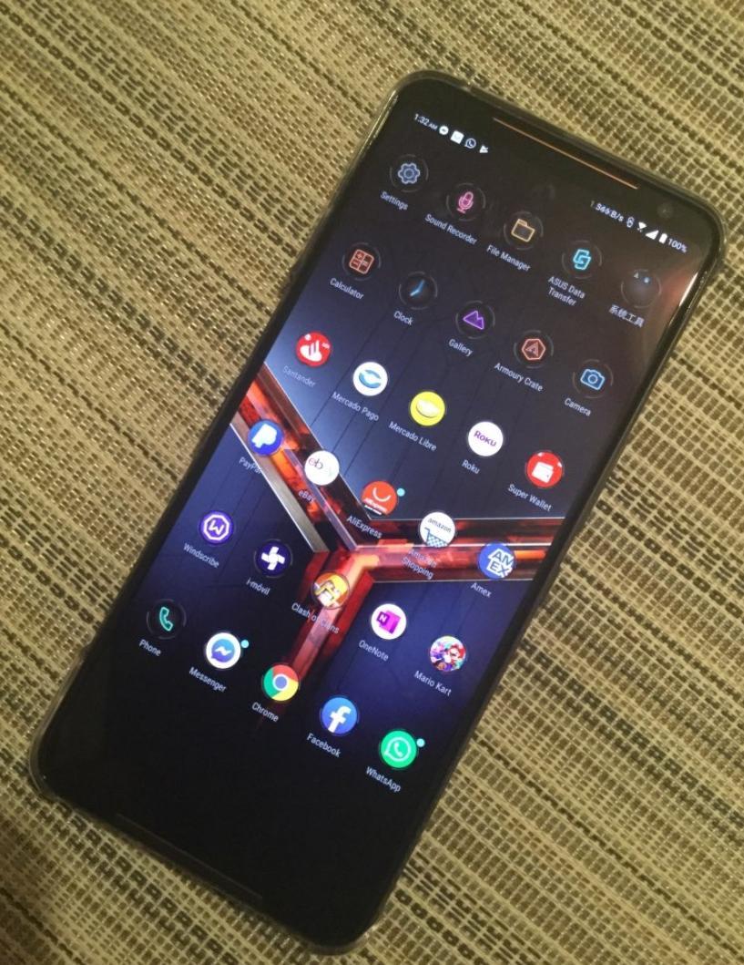 Лучшие смартфоны 2020 года - ASUS ROG Phone 2