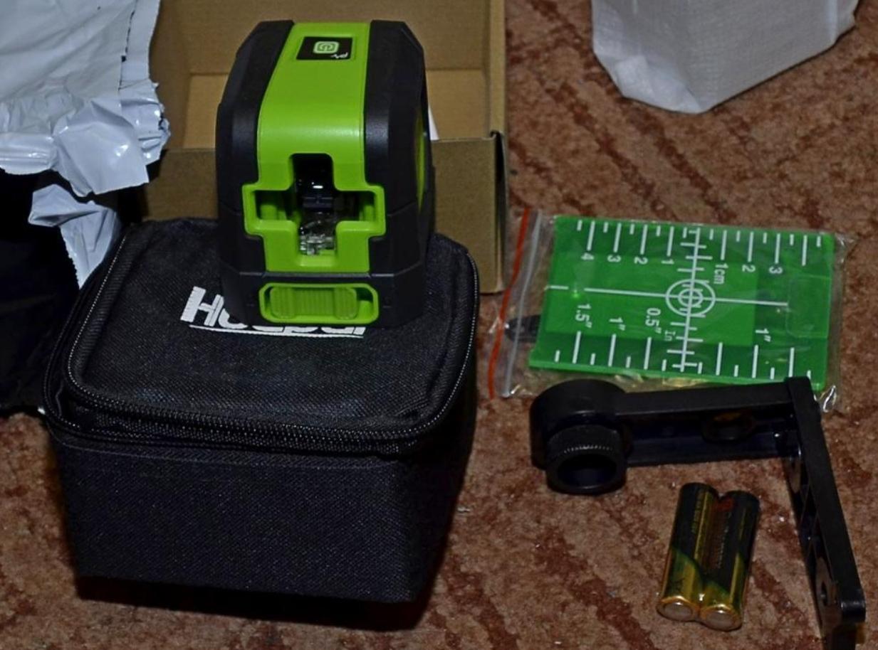 Профессиональный лазерный нивелир Huepar