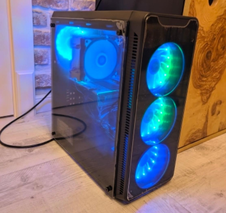 Набор вентиляторов для корпуса системного блока с RGB-подсветкой