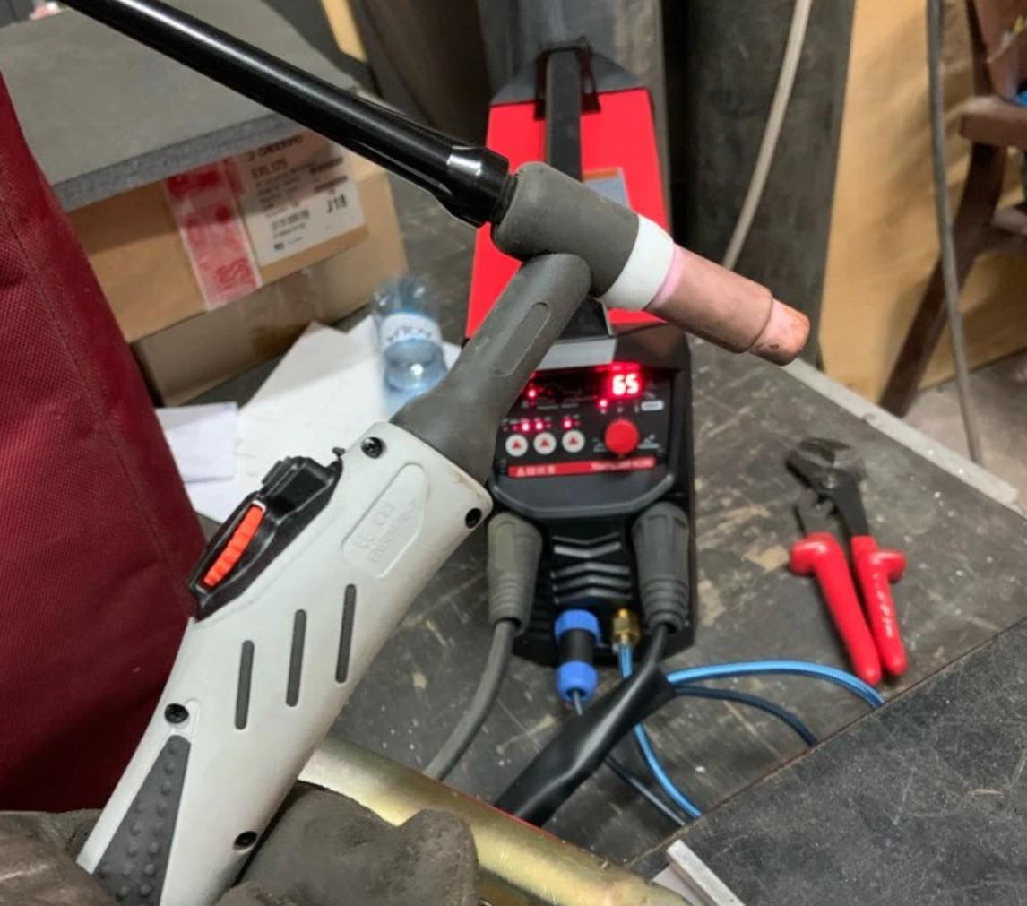 Импульсный сварочный аппарат TywelMaster