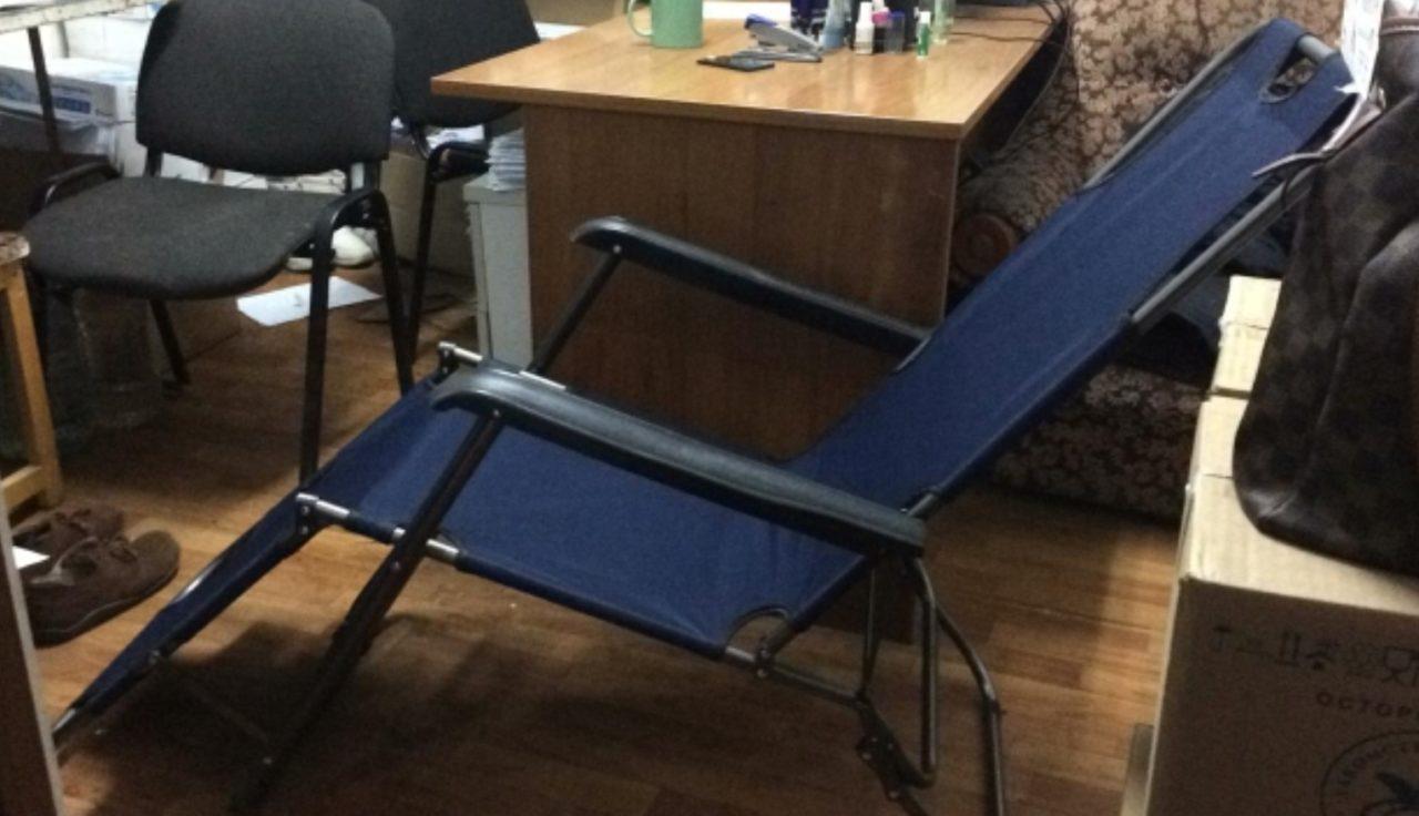 Качественное складное кресло Barneo