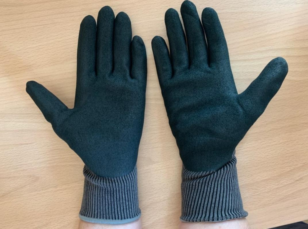 Качественные садовые перчатки