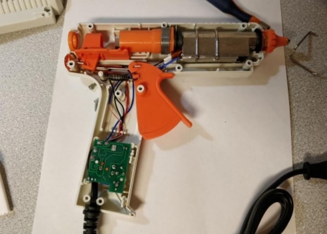 Клеевой пистолет NEWACALOX на 150 Вт