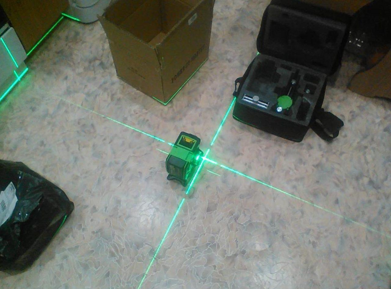 Лазерный уровень Hilda