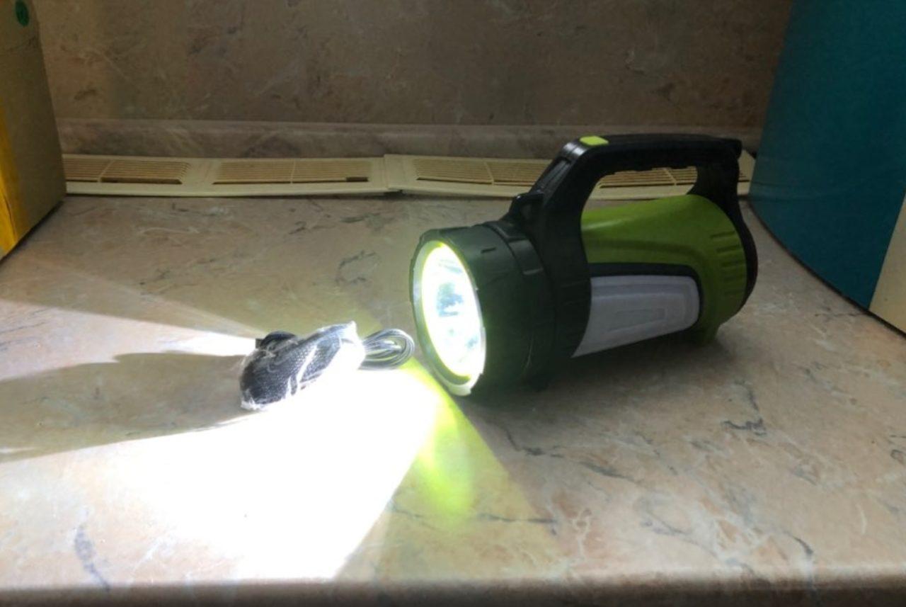 Мощный светодиодный фонарь