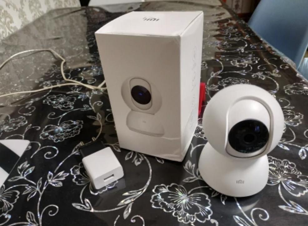 Камера Xiaomi для внутреннего видеонаблюдения
