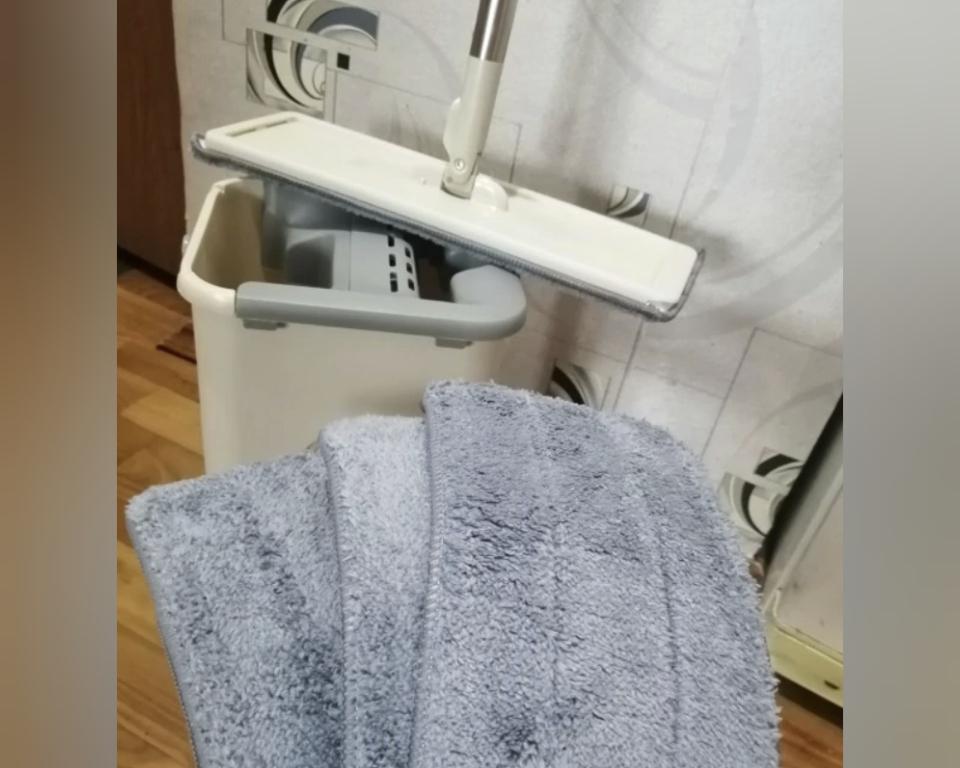 Современный комплект для мытья полов