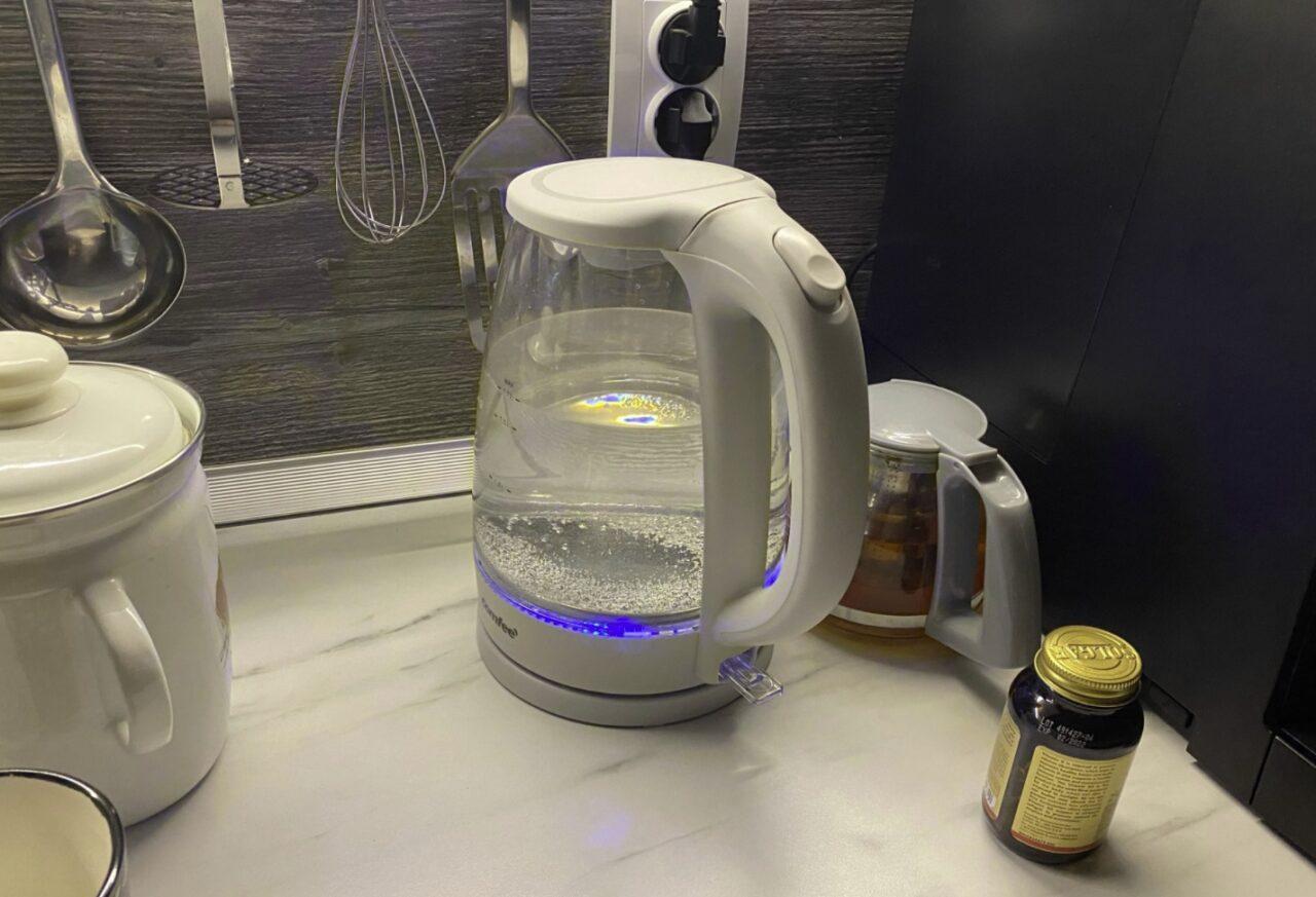Электрический чайник Comfee